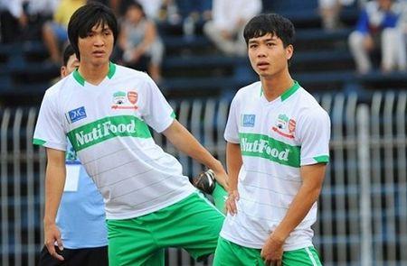 DIEM TIN SANG (8.9): Cong Phuong, Tuan Anh ve nuoc da V.League - Anh 1