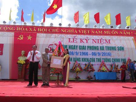 Trung Son di len tu dong tro tan - Anh 2