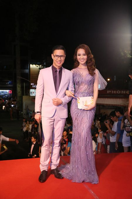Choang ngop voi dan MC 'dinh' cua VTV noi dong nguoi - Anh 3