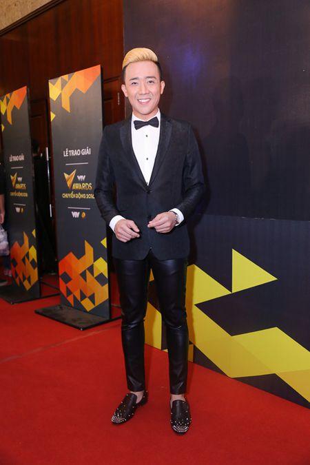 Choang ngop voi dan MC 'dinh' cua VTV noi dong nguoi - Anh 6
