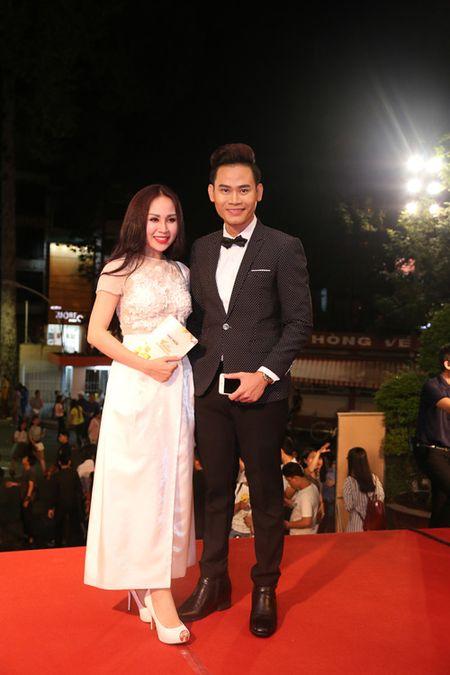 Choang ngop voi dan MC 'dinh' cua VTV noi dong nguoi - Anh 8