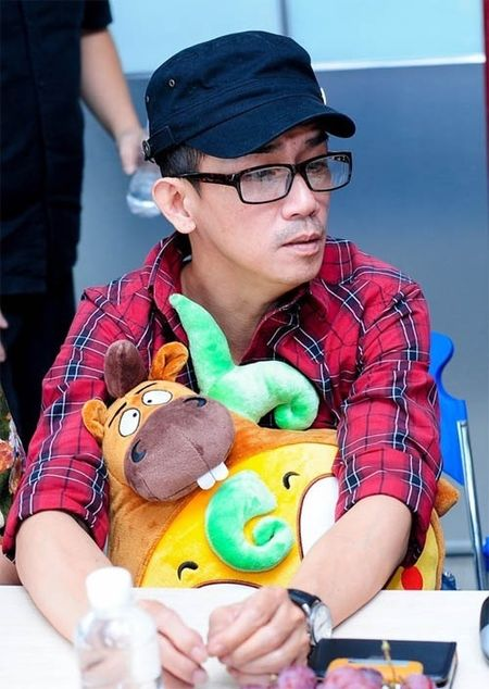 Diep Lam Anh cho doi hien tang cho Minh Thuan - Anh 2