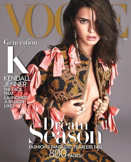 Mac du luan, Kendall Jenner tiep tuc len bia Vogue - Anh 1