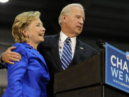 Pho TT My Biden hien ke giup Hillary Clinton danh bai Trump - Anh 1