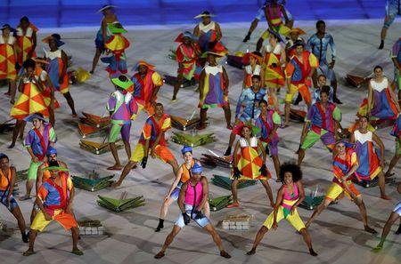 Anh an tuong cua doan TTVN tai khai mac Paralympic Rio 2016 - Anh 11