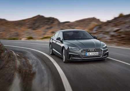 "Audi ""trinh lang"" coupe 5 cua A5 Sportback gia 950 trieu - Anh 7"