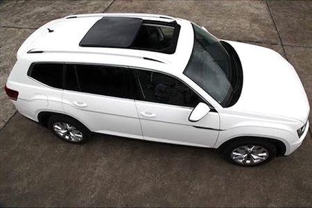 "SUV co lon Volkswagen Teramont - ""Audi Q7 cho nha ngheo"" - Anh 4"