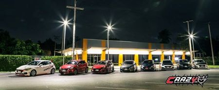 "Mazda 2 do ""sieu doc, sieu dep"" cua dan choi Thai Lan - Anh 1"