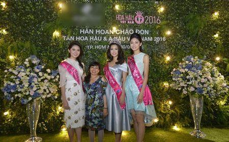 """Doi lap gay soc giua """"can ho giai thuong"""" cua My Linh va Pham Huong - Anh 1"""