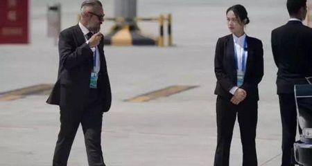 Nu ve si xinh dep cua Trung Quoc o G20 khien cu dan mang xon xao - Anh 1