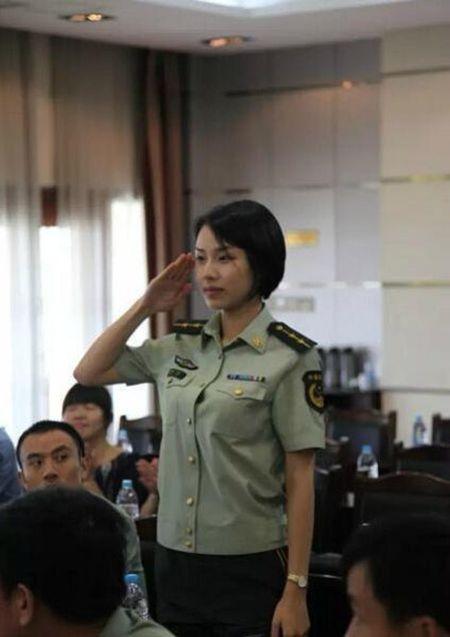 Nu ve si xinh dep cua Trung Quoc o G20 khien cu dan mang xon xao - Anh 3