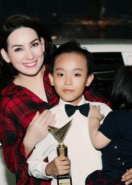 VTV Awards: Ho Van Cuong da gianh giai thuong Ca si an tuong cua nam - Anh 7