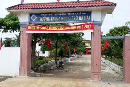 Lop vang hoe, co roi nuoc mat... - Anh 2