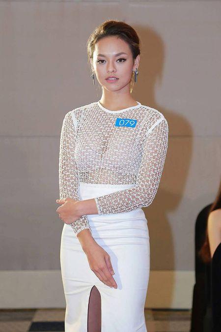 Vietnam's Next Top Model: 4 nguoi dep nay deu om mong ca hoa hau lan nguoi mau - Anh 13