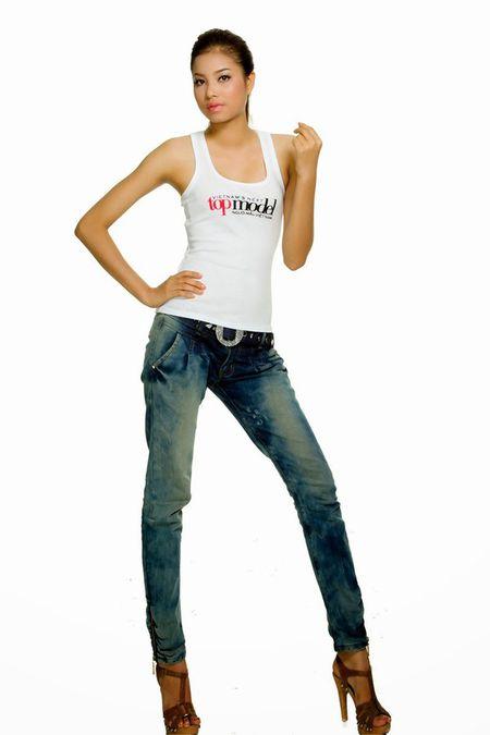 Vietnam's Next Top Model: 4 nguoi dep nay deu om mong ca hoa hau lan nguoi mau - Anh 4