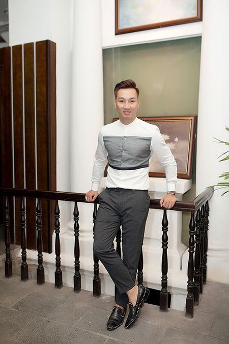 MC Thanh Trung banh bao, lich lam trong tiec tri an - Anh 2