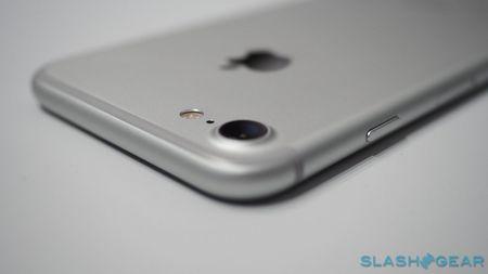 iPhone 7 trinh lang, len ke tu 16/9, gia khoi diem 649 USD - Anh 4