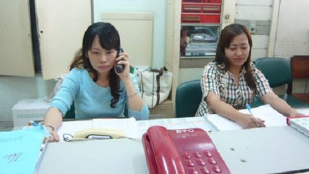 Thanh uy Ha Noi cong bo duong day nong, thu dien tu - Anh 1