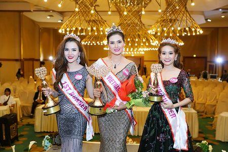 Ngoc Cham tro thanh A hau 1 Hoa hau doanh nhan The gioi nguoi Viet 2016 - Anh 1