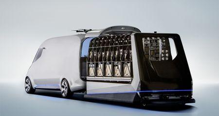 Mercedes-Benz Vision Van - tuong lai nganh giao hang - Anh 7