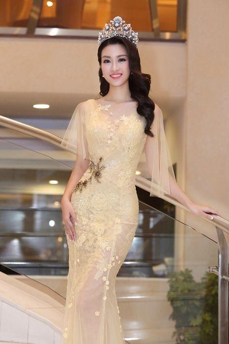 Hoa hau Do My Linh khoe nhan sac trong trang phuc cua NTK Hoang Hai - Anh 1