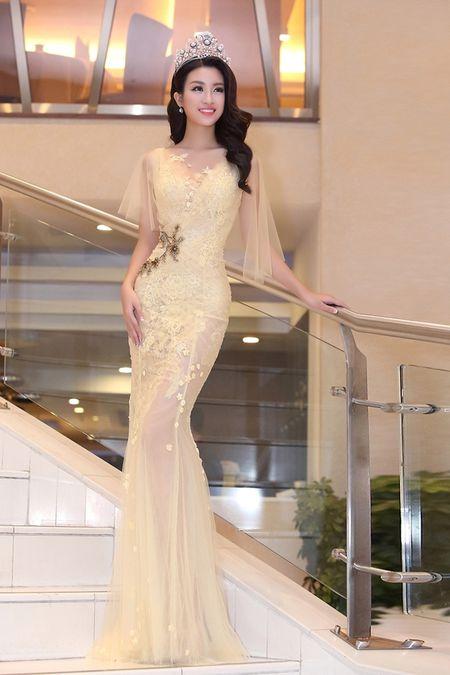 Hoa hau Do My Linh khoe nhan sac trong trang phuc cua NTK Hoang Hai - Anh 2