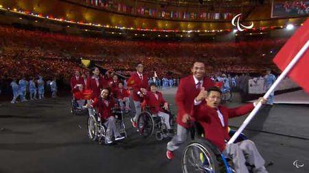 Khai mac Paralympic 2016: Lung linh huyen ao & trang le - Anh 10