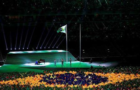 Khai mac Paralympic 2016: Lung linh huyen ao & trang le - Anh 3