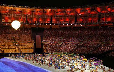 Khai mac Paralympic 2016: Lung linh huyen ao & trang le - Anh 5