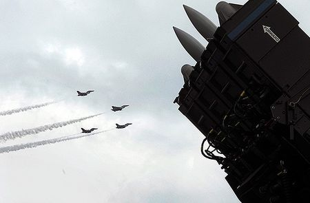 NATO dua them he thong phong thu ten lua den Tho Nhi Ky - Anh 1