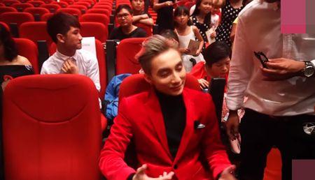 Ho Van Cuong ngo lo Son Tung M-TP khi ngoi canh nhau o VTV Awards - Anh 10
