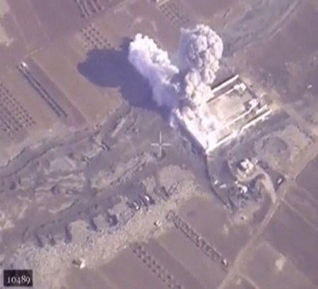Chum video chien su Aleppo: Nhung vu khong kich kinh dien cua khong quan Nga - Anh 1