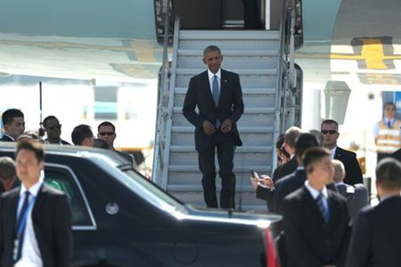 4 ngay cong du chau A day trac tro cua Obama - Anh 1