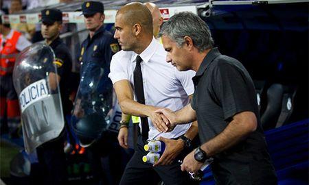Guardiola thang ap dao Mourinho truoc lan cham tran thu 17 - Anh 1