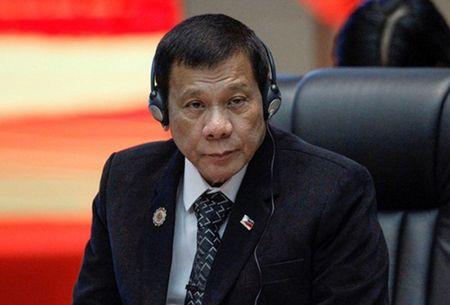 Ong Duterte vang mat trong cuoc hop voi My, An Do - Anh 1