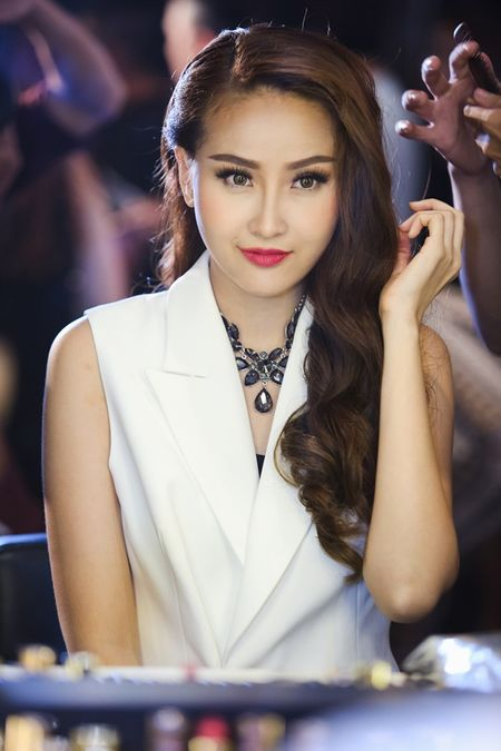 Top 4 The Face se la nu chinh trong MV nao cua cac nam than Vpop? - Anh 11
