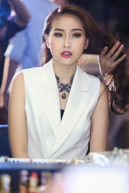 Top 4 The Face se la nu chinh trong MV nao cua cac nam than Vpop? - Anh 12