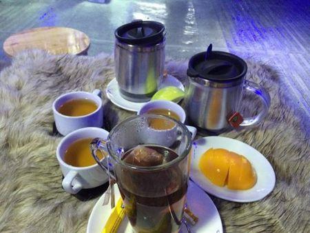 Gioi tre do xo 'check in' quan cafe bang -10 do C tai Sai Gon - Anh 12