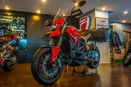 Sieu moto nha Ducati trinh lang ban nang cap tai Viet Nam - Anh 1