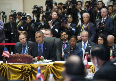 Obama canh cao Trung Quoc phot lo phan quyet Bien Dong - Anh 1