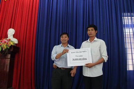 Vu tai xe xe tai dung cam cuu nguoi va cuu xe khach tren deo Bao Loc: Toi khong the khong cuu nguoi - Anh 3
