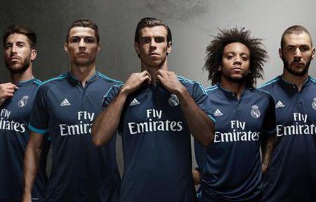 Adidas va Nike cung chao moi Real hop dong khung - Anh 1