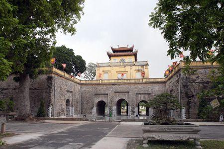 Gan 100 ti dong chinh trang di tich Hoang thanh Thang Long - Anh 1