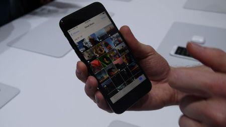 Can canh bo doi iPhone 7 vua ra mat cua Apple - Anh 7