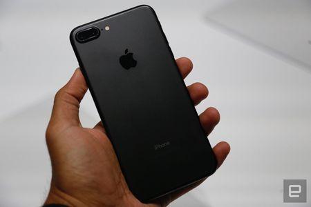 Nhung hinh anh thuc te dau tien iPhone 7/7 Plus Apple vua ra mat - Anh 20