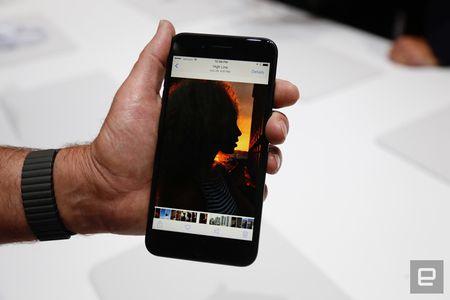 Nhung hinh anh thuc te dau tien iPhone 7/7 Plus Apple vua ra mat - Anh 23