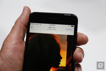 Nhung hinh anh thuc te dau tien iPhone 7/7 Plus Apple vua ra mat - Anh 24