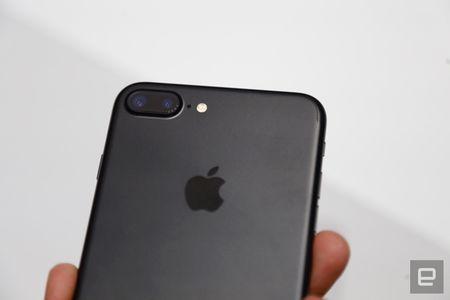 Nhung hinh anh thuc te dau tien iPhone 7/7 Plus Apple vua ra mat - Anh 28