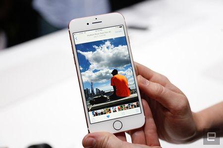 Nhung hinh anh thuc te dau tien iPhone 7/7 Plus Apple vua ra mat - Anh 3