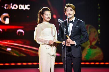Nha Phuong, Truong Giang cung thang giai VTV Awards - Anh 1